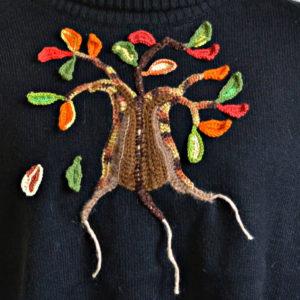 свитер-маше-черный-с-деревом