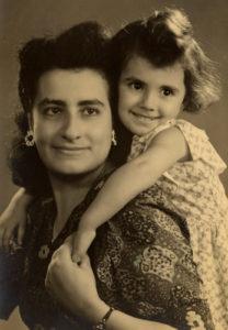 0 delia-laura-с мамой 2